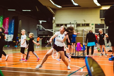 Mikołajkowy Turniej Badmintona dla Dzieci